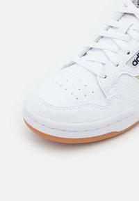 adidas Originals - CONTINENTAL 80 STRIPES UNISEX - Sneakers - white - 5