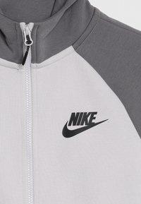 Nike Sportswear - TECH FLEECE ESSENTIALS - Zip-up hoodie - vast grey/gunsmoke/black - 4
