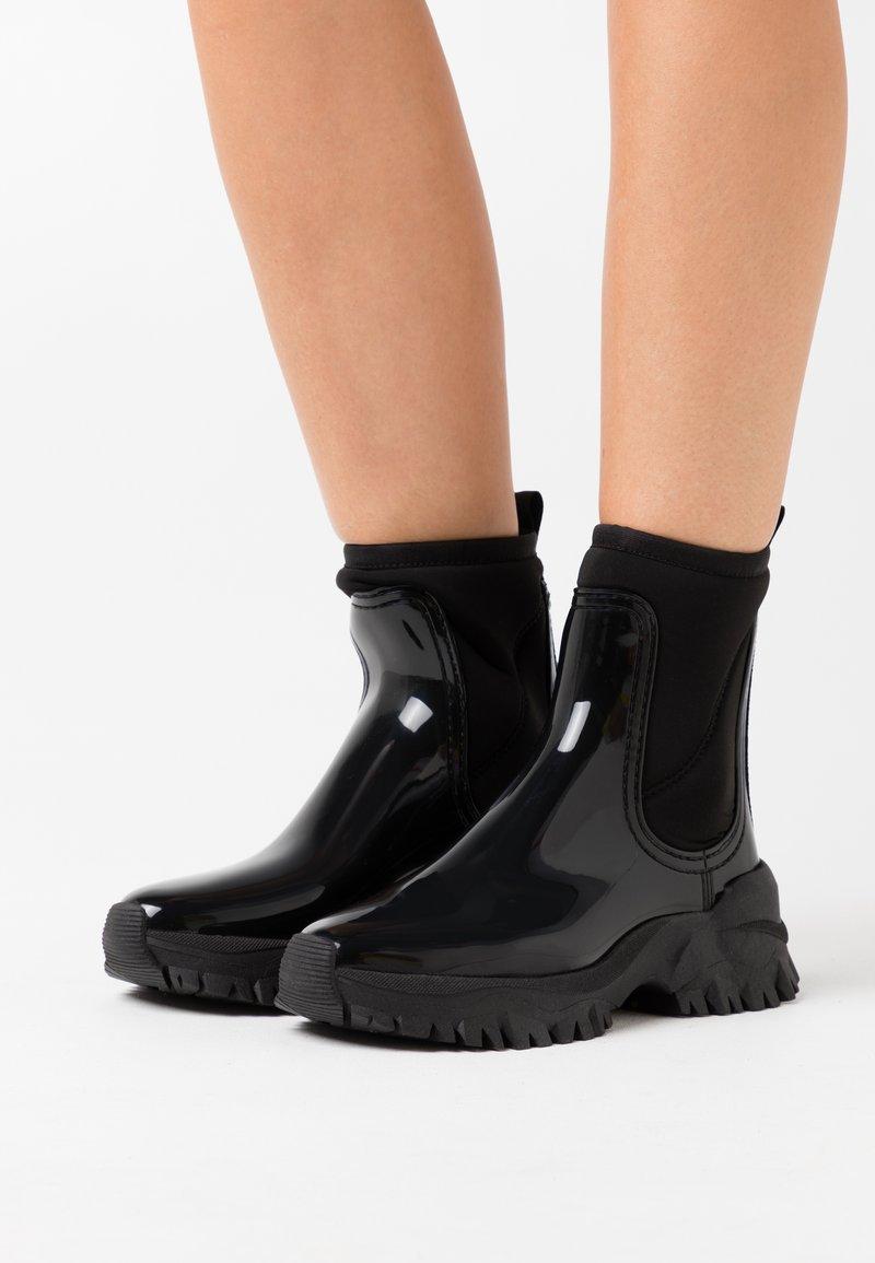 LEMON JELLY - CHERYL - Kotníkové boty na platformě - black