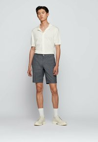BOSS - Shorts - dark blue - 1
