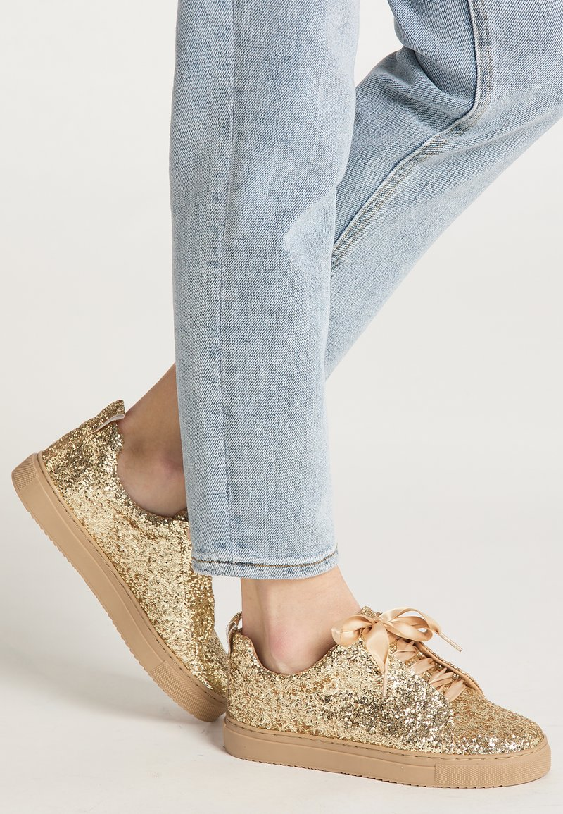 myMo at night - Sneakers laag - gold glitter