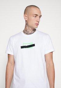 Diesel - DIEGO - T-shirt con stampa - white - 4