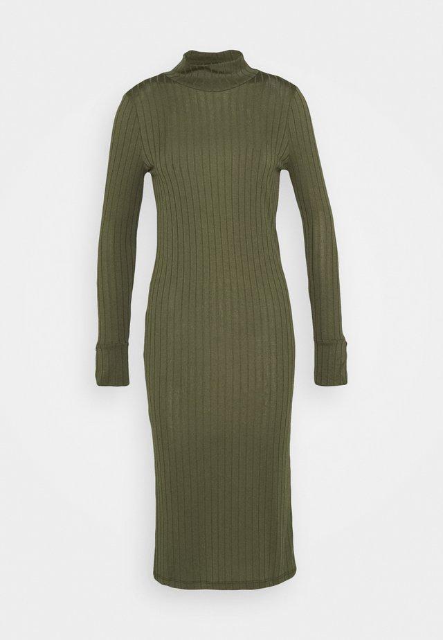 VMVILJA DRESS - Etuikjoler - ivy green