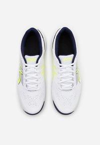 ASICS - GEL-GAME 7 - Tenisové boty na všechny povrchy - white/safety yellow - 3