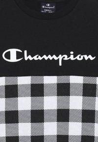 Champion - CHAMPION X ZALANDO CREWNECK - Sweatshirt - black/white - 2