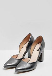 myMo at night - Tacones - grey metallic - 3
