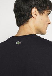 Lacoste - Print T-shirt - dark blue - 3