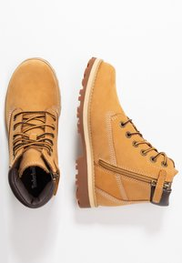 Timberland - COURMA TRADITIONAL - Lace-up ankle boots - wheat - 0