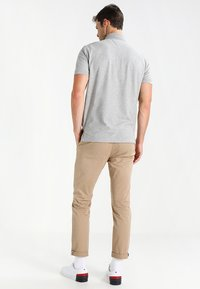 Tommy Hilfiger - PERFORMANCE REGULAR FIT - Polo shirt - cloud heather - 2