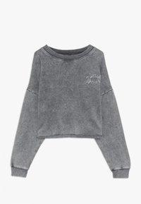 New Look 915 Generation - ACID WASH CROP RAW POCKET LOGO - Sweatshirt - grey - 0