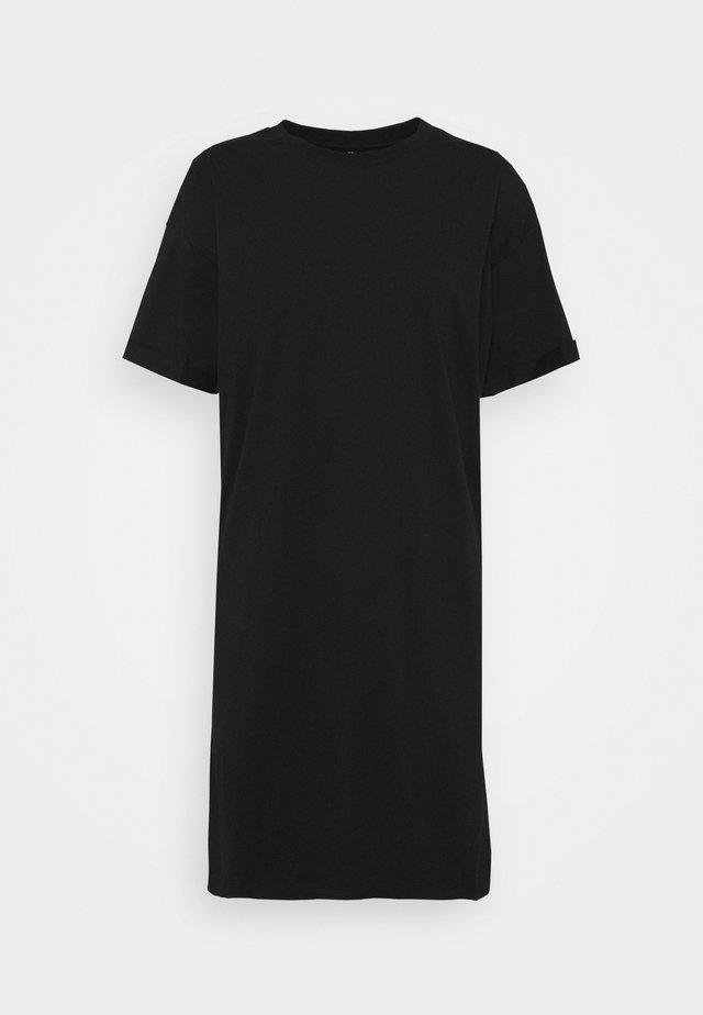 PCRIA - Žerzejové šaty - black
