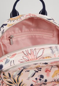 Cath Kidston - SMALL BACKPACK - Reppu - blush - 4