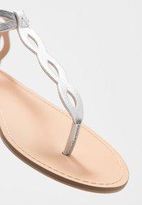 PARFOIS - T-bar sandals - silver - 2