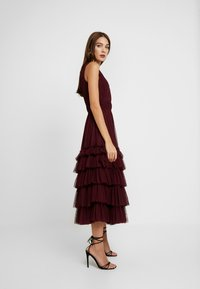 Lace & Beads - MEL MIDI - Cocktail dress / Party dress - burgundy - 2