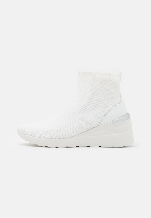 BIACLARE  - Baskets montantes - white