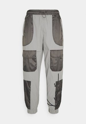 SIGNATURE BLOCK TRACKPANTS - Tracksuit bottoms - grey