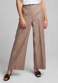 Nümph - Trousers - leather brown - 0