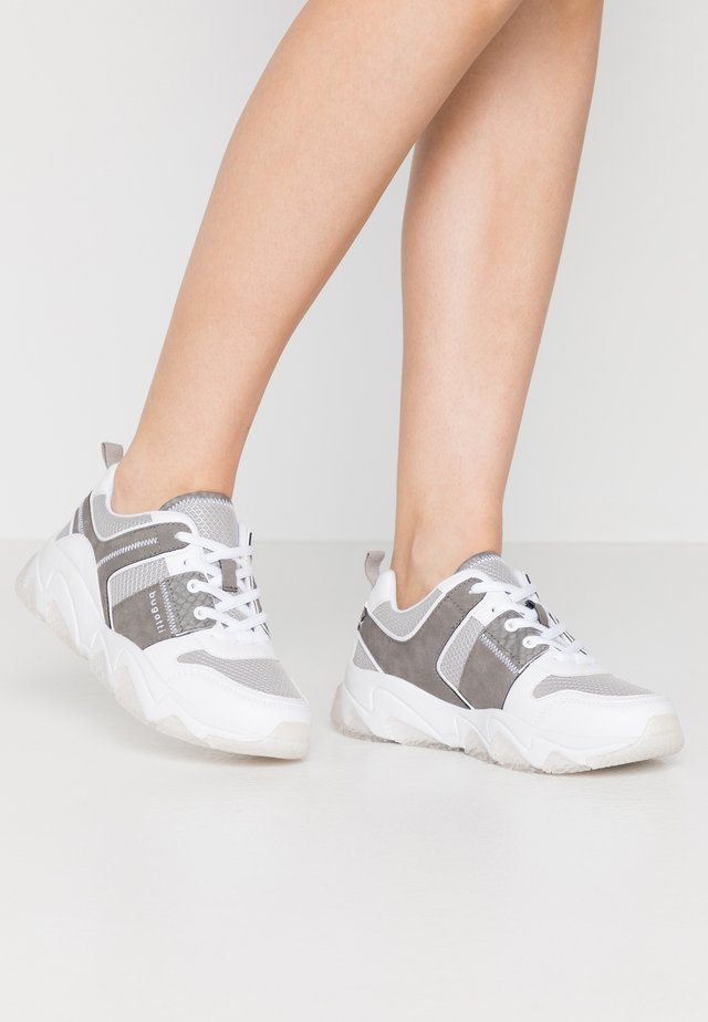 CEYDA - Sneakers basse - white/grey