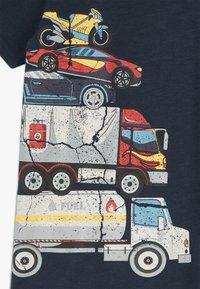 Lemon Beret - SMALL BOYS  - Print T-shirt - navy blazer - 3