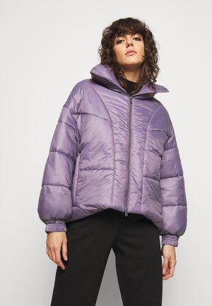 CASSILS - Winter jacket - lila
