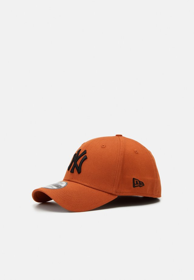 LEAGUE ESSENTIAL 39THIRTY  - Casquette - red