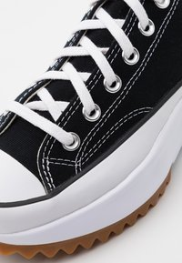 Converse - RUN STAR HIKE - Zapatillas - black/white - 7