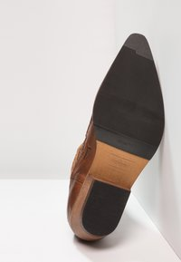 Kentucky's Western - Cowboy/biker ankle boot - tint brown - 4
