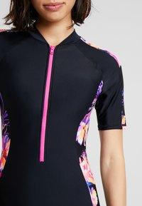 Zoggs - BLOOMSBURY KNEESUIT - Swimsuit - black/multi - 4