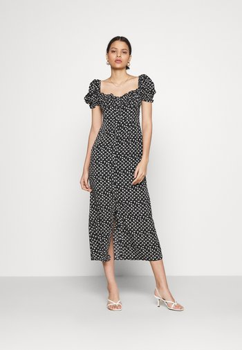 GATHERED BUST MAI DRESSES WITH LOW NECKLINE PUFF SHORT SLEEVES - Kjole - black