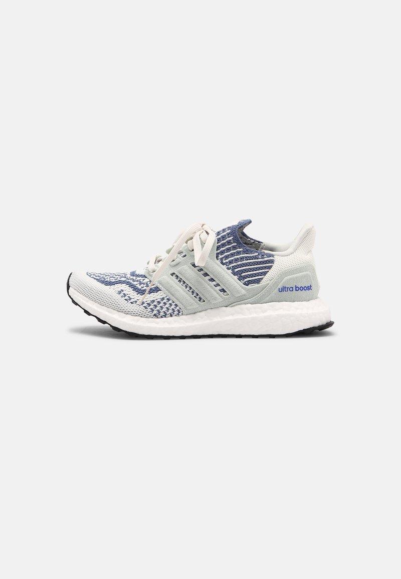 adidas Performance - ULTRABOOST 6.0 UNISEX - Zapatillas - white/crew blue