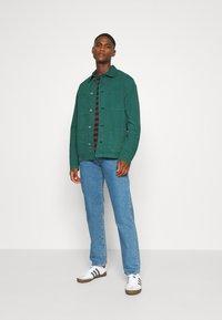 Selected Homme - SLHLOOSETONY OVERSHIRT - Summer jacket - forest biome - 1