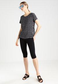 ONLY - ONLRAIN - Denim shorts - black - 2