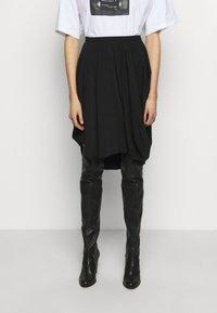 MM6 Maison Margiela - Áčková sukně - black - 0