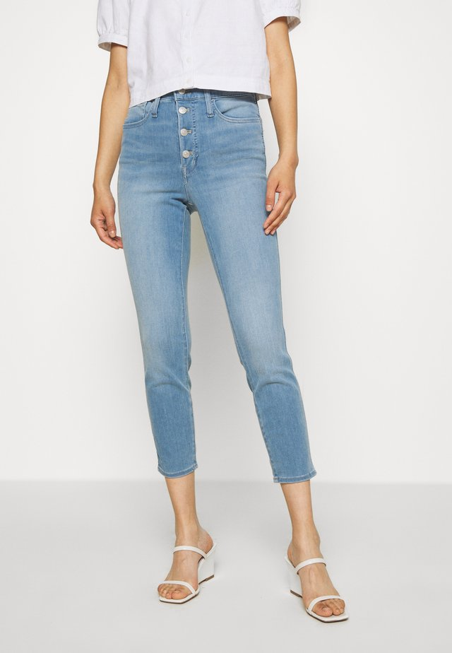 IN LIGHT WASH - Jeans Skinny Fit - berrington