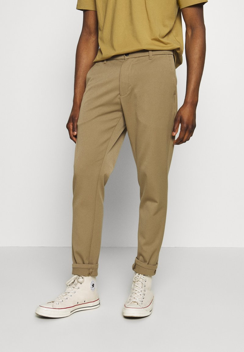 Minimum - UGGE - Tygbyxor - khaki