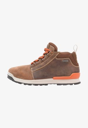 OREGON - Hiking shoes - brown