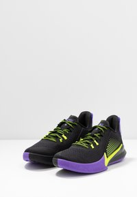 Nike Performance - MAMBA FURY - Koripallokengät - black/lemon/psychic purple - 2