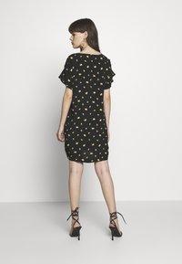 Madewell - RUFFLE SLEEVE EASY DRESS IN - Kjole - marguerite daisy/true black - 2