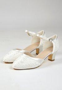 The Perfect Bridal Company - INGRID-SPITZE - Bridal shoes - ivory - 3