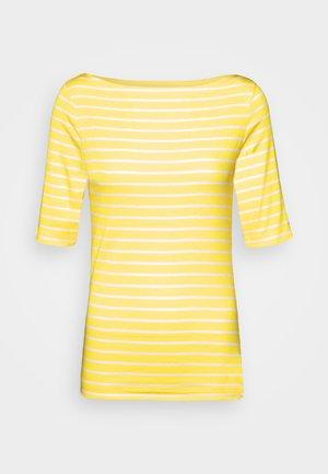 BOATNECK - Print T-shirt - yellow