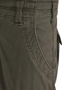 Brandit - Cargo trousers - olive - 11