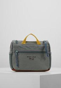 Lässig - MINI WASHBAG ADVENTURE KULTURBEUTEL - Handbag - olive - 3