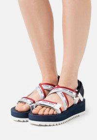Tommy Jeans - STRAPPY - Platform sandals - twilight navy - 0