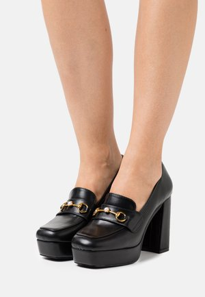 ESTERA - Plateaupumps - black