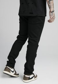 SIKSILK - Relaxed fit jeans - black - 4