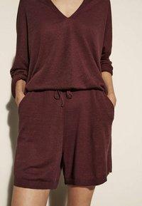 Massimo Dutti - Shorts - red - 0