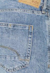 edc by Esprit - Jeansshort - blue light wash - 2