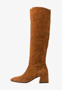 Vagabond - ALICE - Høje støvler/ Støvler - caramel - 1