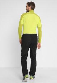 Regatta - GEO Softshell II - Pantalons outdoor - black - 2