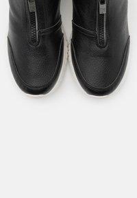 Ilse Jacobsen - Zimní obuv - black - 5